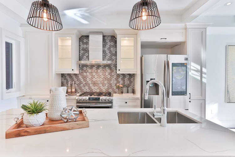 8 Wow Factor Wallpaper Ideas For Your Kitchen Homes By Esh